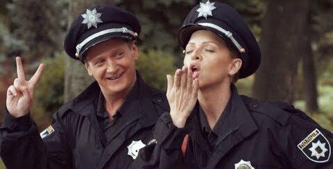 Самые смешные приколы про полицию - лучшие шутки про патрульных На троих