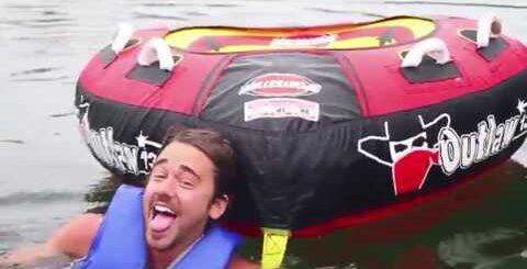 Водные горки! Приколы! Веселые прыжки в воду!