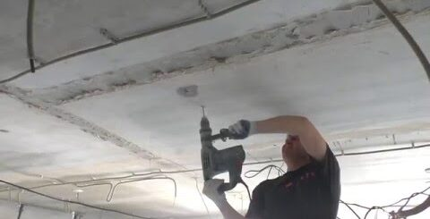 Приколы на стройке! Сюрприз от застройщика. Залежи воды в потолке!