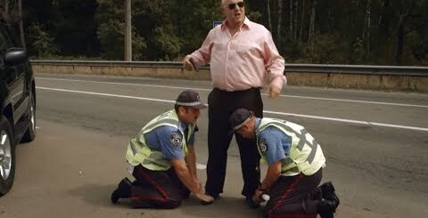 Четкий браток жестко РАЗВЕЛ тупых ГАИшников прямо на дороге — На троих ЛУЧШЕЕ